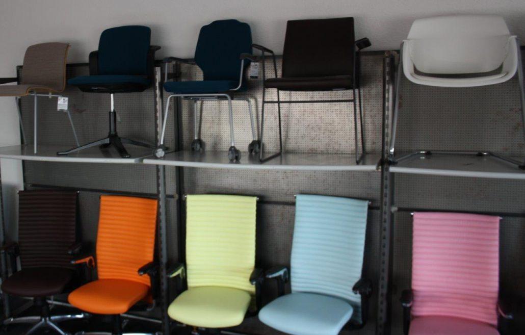 Besucherstühle für die Besprechung